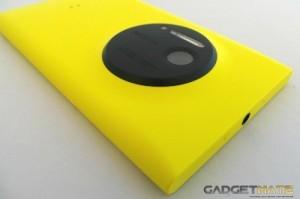 Nokia Lumia 1020 Lens and Top Edge